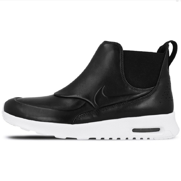 Nike Womens Air Max Thea Mid Running Mid Top